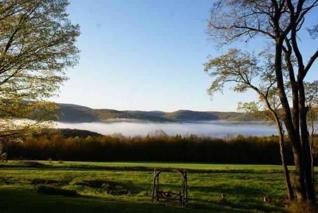 A Catskills spring morning